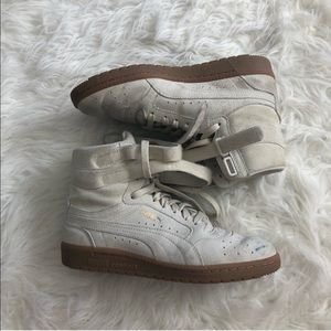 PUMA 7.5 high top sneakers suede taupe tan laces